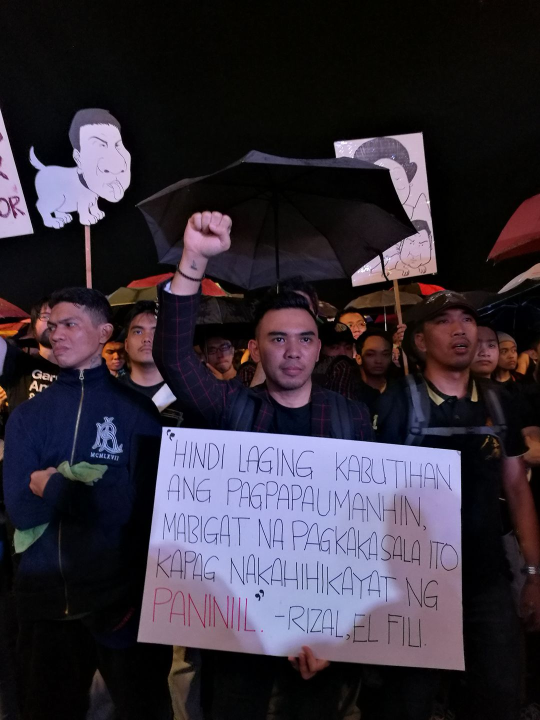 marcos hero's burial protest